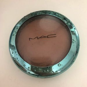 LIMITED EDITION MAC extra dimension bronzer